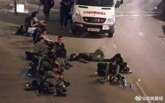 新加坡总理夫人公开撑香港警察!