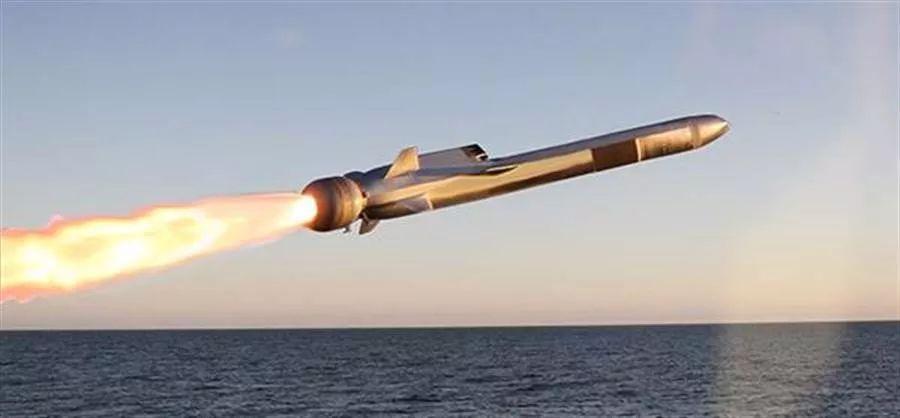 要干啥!美国最强濒海战斗舰正驶向新加坡......