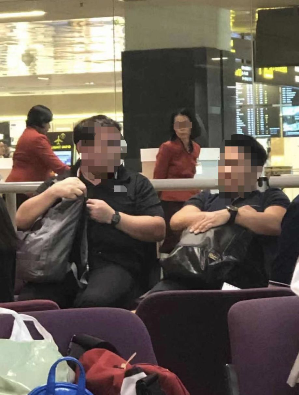 """""""我觉得我在享誉全球的新加坡樟宜机场被差别对待了......"""""""
