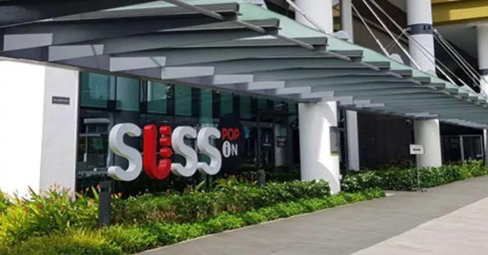新加坡超豪华毕业典礼,同窗四年才知道旁边坐着总统儿子!