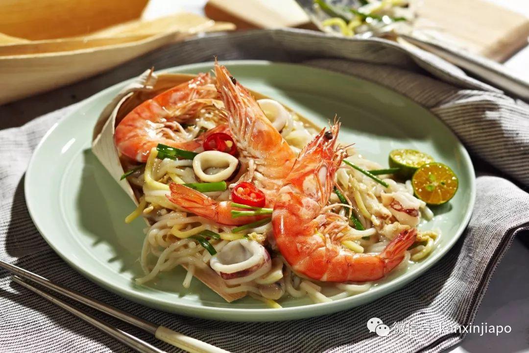 """新加坡""""国民食堂"""",让你吹着空调吃地道街头美食~"""