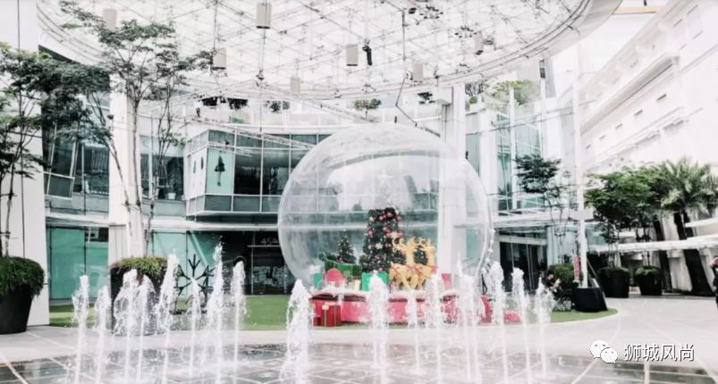 Immerse in The Season of Joy at Capitol Singapore and CHIJMES