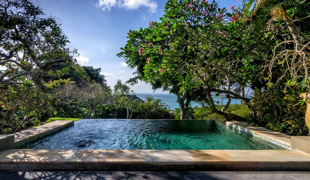 巴厘岛【阿雅娜Ayana】奢华度假来袭 网红Rock Bar安排起, 你就是巴厘最靓的仔!