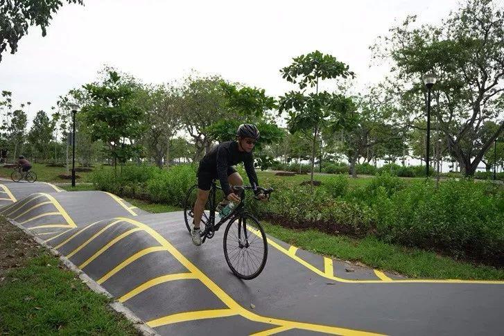 新加坡政府狂砸10亿新币,建1300公里自行车道!