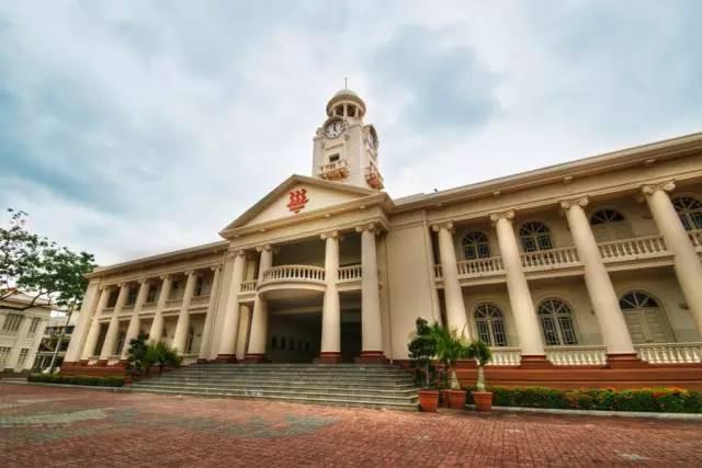 全球国际学校考试满分考生,新加坡占一半多