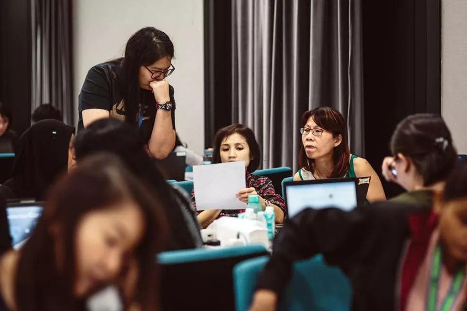 新加坡如何追踪确诊病例的密切接触者?